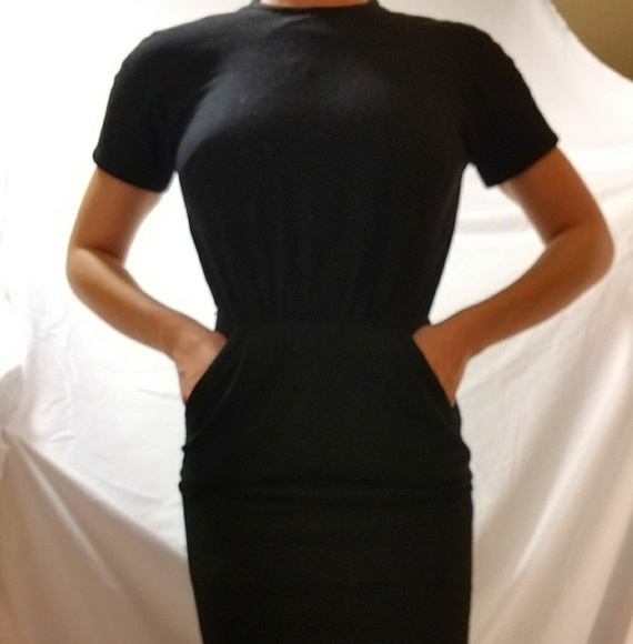 4ee4b54dee Saks Vintage Dress. M 5a8678a4f9e5016e166e1fb6